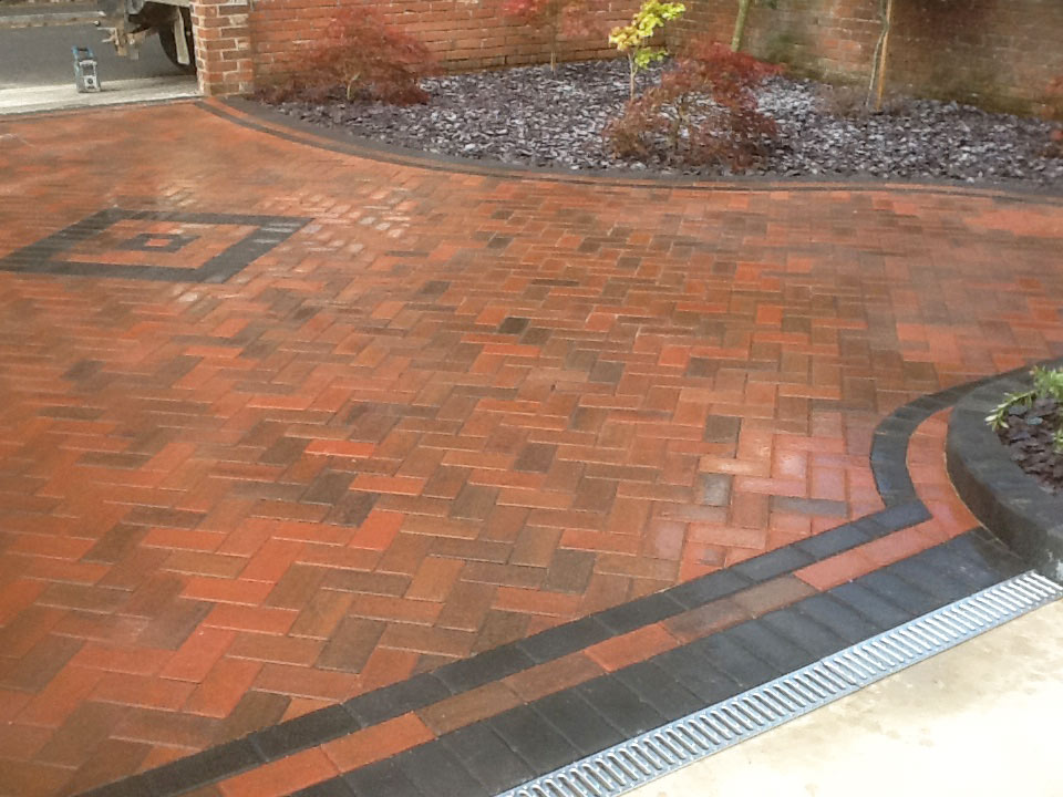 Driveways-Patios-Paving-Garden-Maintenance-Landscaping-Fencing-Sunshine-Gardens-Christchurch-Dorset-15