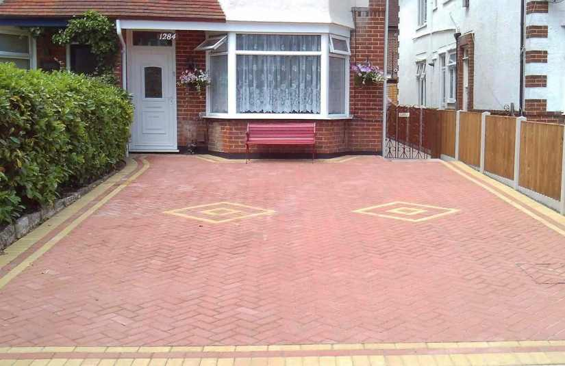 Driveways-Patios-Paving-Garden-Maintenance-Landscaping-Fencing-Sunshine-Gardens-Christchurch-Dorset-4