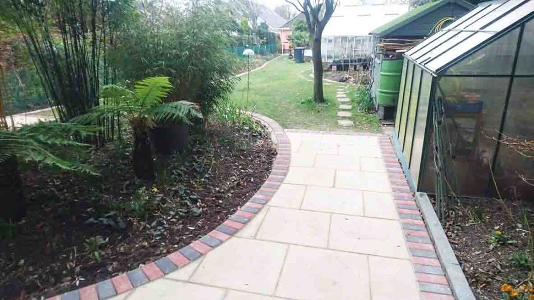 Driveways-Patios-Paving-Garden-Maintenance-Lanscaping-Fencing-Sunshine-Gardens-Christchurch-Dorset-2