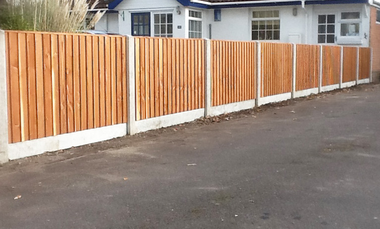 Fencing-Driveways-Patios-Paving-Garden-Maintenance-Landscaping-Sunshine-Gardens-Christchurch-Dorset-10