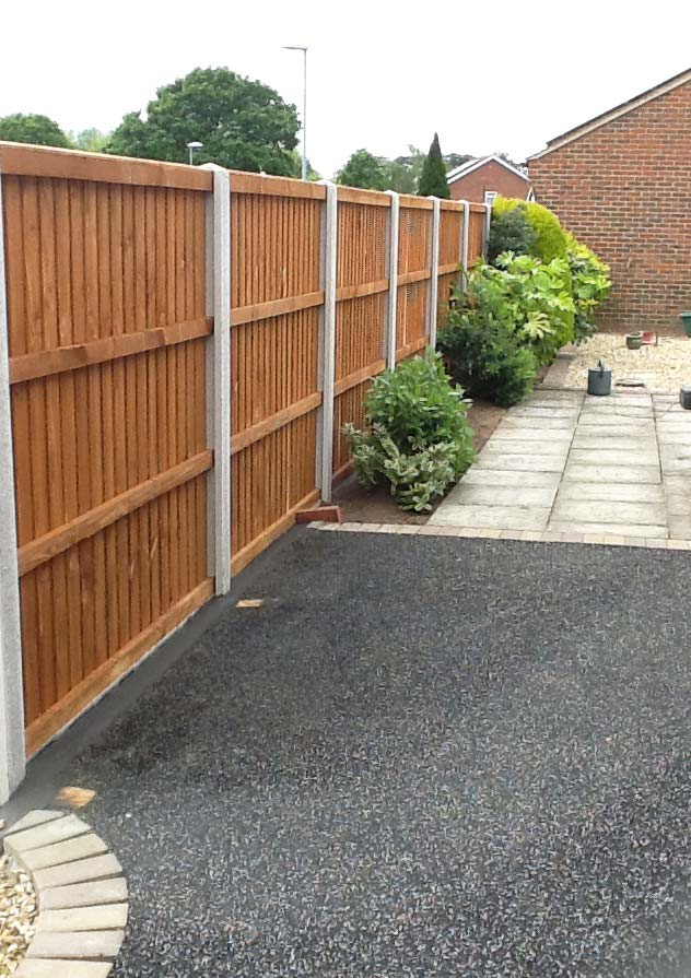 Fencing-Driveways-Patios-Paving-Garden-Maintenance-Landscaping-Sunshine-Gardens-Christchurch-Dorset-8