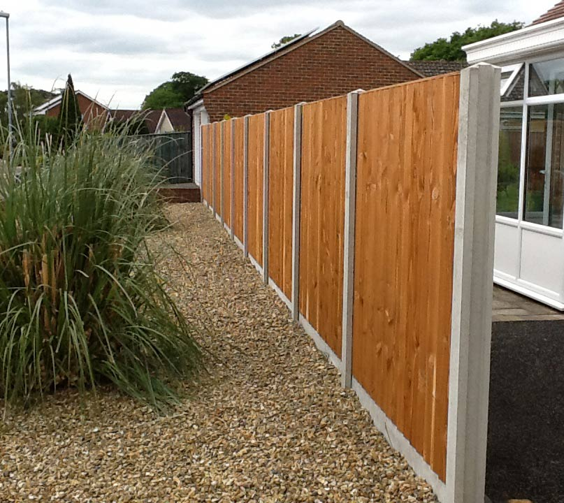 Fencing-Driveways-Patios-Paving-Garden-Maintenance-Landscaping-Sunshine-Gardens-Christchurch-Dorset-9