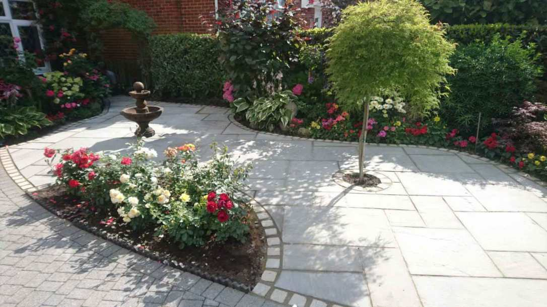 Driveways-Patios-Paving-Garden-Maintenance-Lanscaping-Fencing-Sunshine-Gardens-Christchurch-Dorset-22g