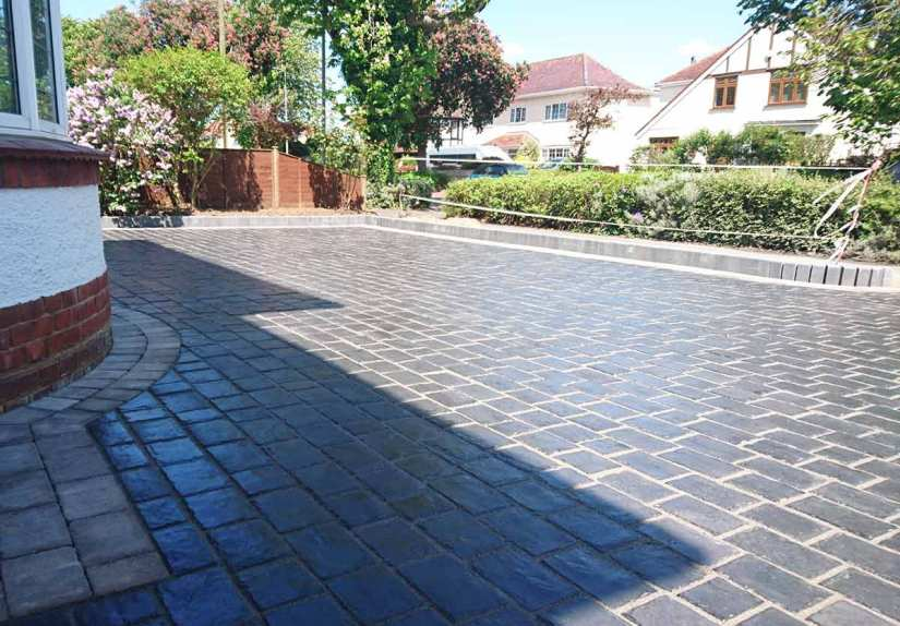Driveways-Patios-Paving-Garden-Maintenance-Lanscaping-Fencing-Sunshine-Gardens-Christchurch-Dorset-23a